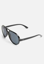 Superbalist - Max sunglasses - black