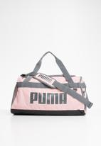 PUMA - Challenger duffel bag - pink & grey