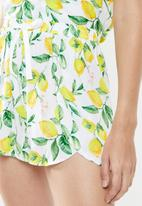 Superbalist - Printed sleep cami & shorts lemon print set - multi