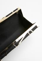 Superbalist - Geometric case boxed clutch - black & gold