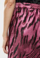 Vero Moda - Christine satin skirt - purple & black