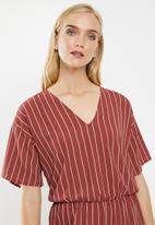Vero Moda - Helle jumpsuit - rust & pink