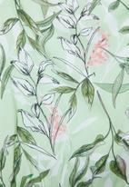 Superbalist - Printed floral robe - green