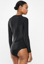 Cotton On - Callie long sleeve swim top - black