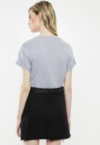 Superbalist - Boxy tee with roll up sleeve - grey