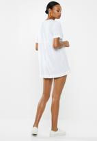 Cotton On - Woven brielle short sleeve playsuit  - white