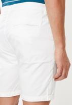 Cotton On - Washed chino shorts - white