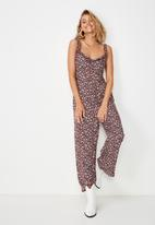 Cotton On - Woven tash strappy jumpsuit  - burgundy & white