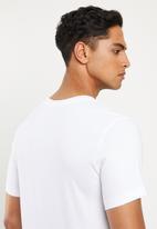Nike - Swoosh 1 short sleeve tee - white & black