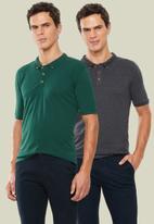 Superbalist - Pique slim fit 2 pack golfer tee - grey & green