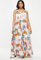 AMANDA LAIRD CHERRY - Plus size Nesiwe dress - orange & pink