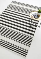 Sixth Floor - Manhattan woven outdoor rug - black & white