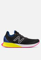 New Balance  - Fuel Cell Echo - black