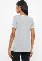 Superbalist - Contrast tee - grey & white