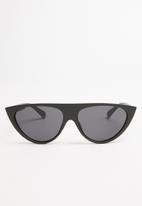 Superbalist - Shelley sunglasses - black