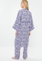 Superbalist - Printed animal print robe - purple