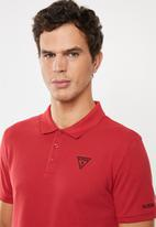 GUESS - Guess classic short sleeve polo - red