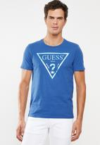 GUESS - Iconic triangle tee - blue