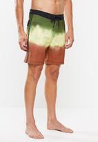 """Hurley - Phantom jamaica 18"""" shorts - multi"""