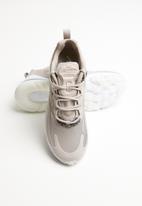 Nike - Air Max 270 React / pumice