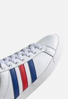adidas Originals - Coast Star - ftwr white / collegiate royal / scarlet
