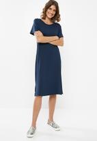 edit - T-shirt dress - navy