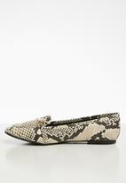 Call It Spring - Vie sneakskin loafer - black & beige