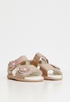 shooshoos - Ye old traveller sandals  - pink
