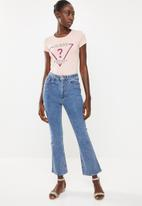 GUESS - Short sleeve ribbon triangle tee - pink