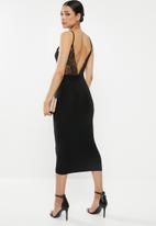 Missguided - Strappy lace back slinky midi dress - black