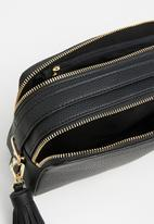 Call It Spring - Brumma cross bodybag - black