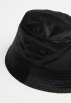 Diesel  - C-pesca bucket cap - black