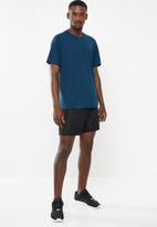 adidas Performance - Freelift sport prime heather tee - blue