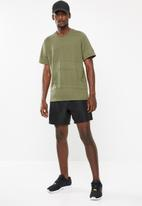 adidas Performance - Jacquard tee - green