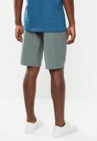 Fox - Essex tech short - grey