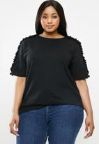 Superbalist - Frill detail T-shirt - black