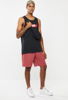 Nike - Club jersey shorts - red