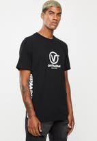 Vans - Distort performance short sleeve tee - black