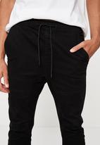 Factorie - Cuffed pant - black