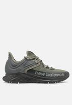 New Balance  - Fresh foam roav trail - grey