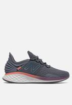 New Balance  - Roav future sport - dark grey