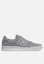 New Balance  - 300 Classic court - grey