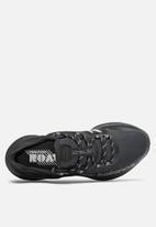 New Balance  - Fresh foam roav trail - black