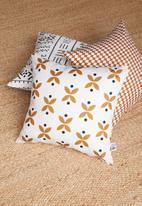 Sixth Floor - Sass cushion cover - white