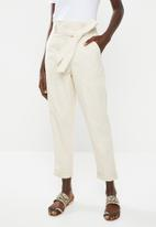 New Look - Penny paperbag waist trouser - beige