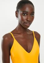 Superbalist - V-neck one piece - yellow