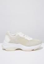 Cotton On - Monica sleek chunky sneaker  - cream & white