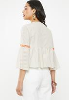 Glamorous - Embroidered top - beige & white