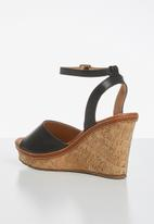 Madison® - Marlee ankle strap wedge - black