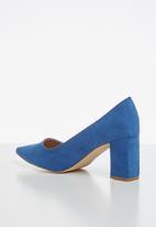 Madison® - Hanna court heel - blue